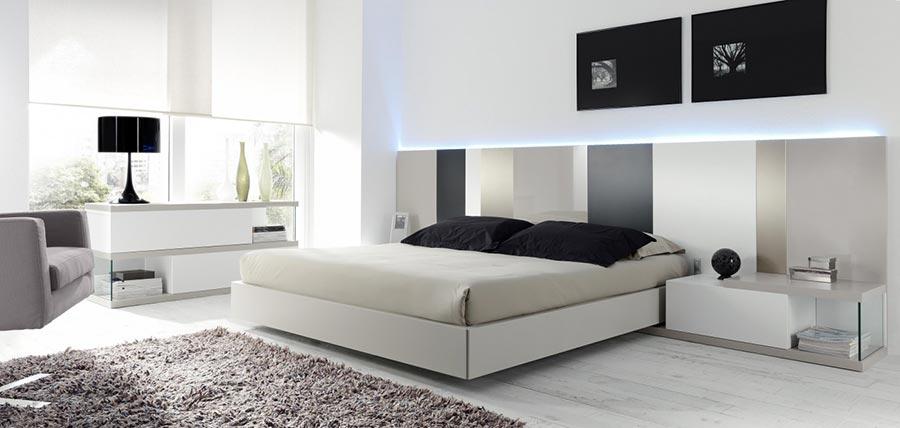 Dormitorio con luz en Cabecero de EMEDE